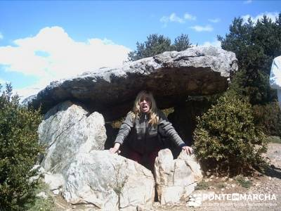 Menhir de Tella; rutas de senderismo en la sierra de madrid